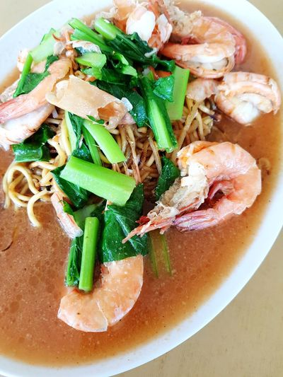 Delicious noodle with prawns in tomato broth! EyeEm Selects Plate Seafood Bowl Soup Garnish Close-up Food And Drink Noodle Soup Spring Onion Serving Dish Dish Shrimp Cooked Noodles Comfort Food Served