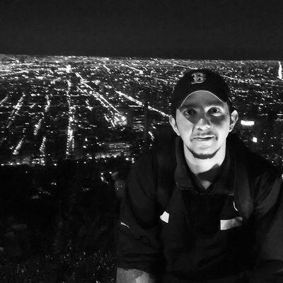 Santiago de noche Chile Sancristobal Trip