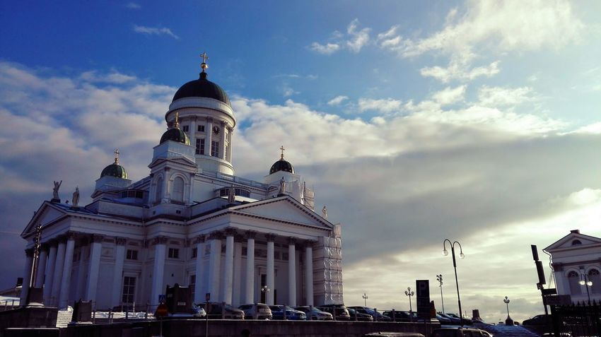 Finland Helsinki ArchitectureTravel Destinations Religion Day Dome history Outdoors Architecture City Place Of Worship History Travel Destinations Politics And Government Building Exterior Religion Sky No People Outdoors Day Huawei Honor Church