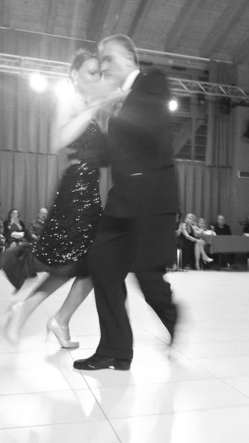 Exceptional Photographs Taking Photos Dancers Dance DANCE ♥ Tango Tango Dancers Tangoargentino The feet go fast Photography In Motion