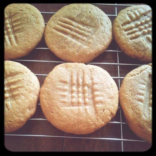3 ingredient PB Cookies Sweet Treats