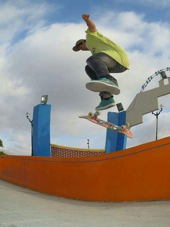 Skteboarding 360flip Out Skateboard Skate Skatelife Love Skateboarding