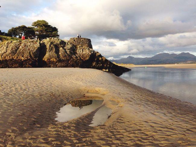 Seaside, North Wales Beach Cliff Sand Wales Landscape Sea Seaside Water Reflections Porthmadog