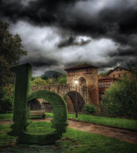 The Architect - 2016 EyeEm Awards Puente De La Muza