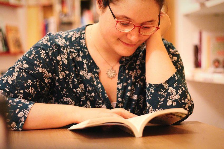 Reading A Book Relaxing Young Women Beautiful People Eyeglasses  Women Sitting Beautiful Woman Portrait Business Beauty Close-up