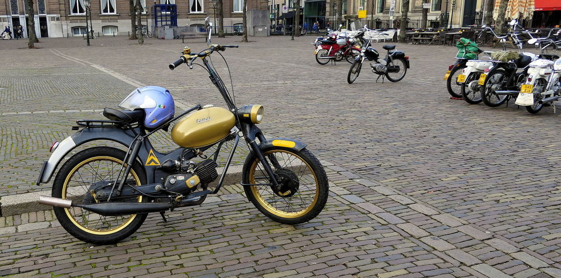 old timer Tomos moped City Day Den Haag Helmet Land Vehicle Mode Of Transport Moped Nostalgia Nostalgic  Oldtimer Outdoors Plaza Puch Stationary Street Photography Streetphotography Tomos Transportation ACDSee