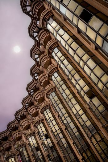 Espaces Abraxas par l'architecte Ricardo Bofill Architecture Building Exterior Neoclassical Architecture Graphic Design Abraxas First Eyeem Photo The Week On EyeEm Mix Yourself A Good Time