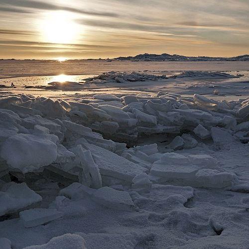 Russia Finland_gulf Petersburg Beach winter snow ice sun sunrise morning horizon holidays
