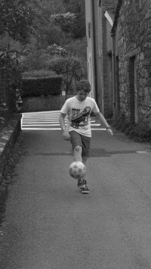 Thr soccer