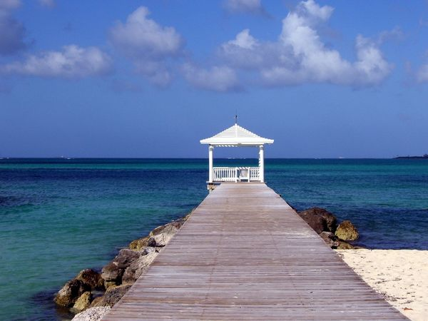 Beach Beauty In Nature Day Dock Gaz Horizon Over Water Nature No People Outdoors Scenics Sea Sea And Sky Sky Tranquil Scene Tranquility Water What I Value White