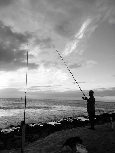 Dad Fishing Fishing Rod Fishing Pole Sea Holding Full Length Standing Water Weekend Activities Sky Calm Horizon Over Water Fishing Tackle Outdoors Men Real People One Person Day Cloud - Sky Nature