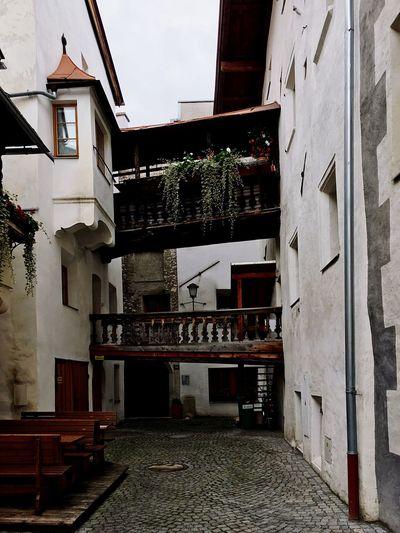 Pflanzen Balkon Pflastersteine Alt Holz Urlaub Gebäude Architektur