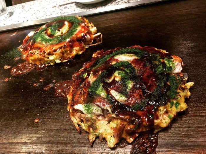 Okonomiyaki Okonomiyaki Japanese Omelette Japanese Pizza Japanese Street Food Japanese Food Food Food And Drink Freshness Ready-to-eat Still Life Table Indoors  Close-up No People Meat Wood - Material High Angle View Vegetable Unhealthy Eating Wellbeing Pizza SLICE Garnish Temptation Dōtonbori