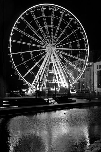 Wheel of Vision, Duesseldorf, Germany Black & White Black And White Blackandwhite Built Structure Deutschland Duesseldorf Düsseldorf Ferris Wheel Germany Illuminated Night Riesenrad Riesenrad Düsseldorf Schwarzweiß After Dark
