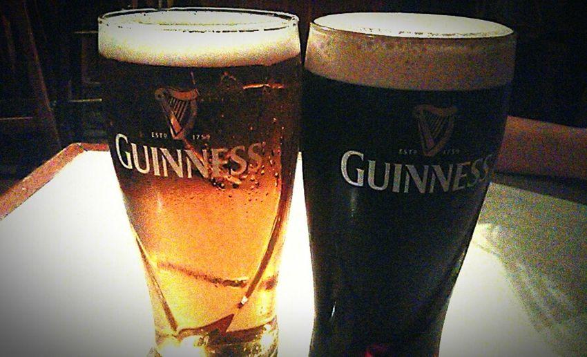 Guinness Happy St. Patricks Day Beer Chilling Irishpub Vieux Lyon  Saint James Drinking Lyon Lyonnais🍀
