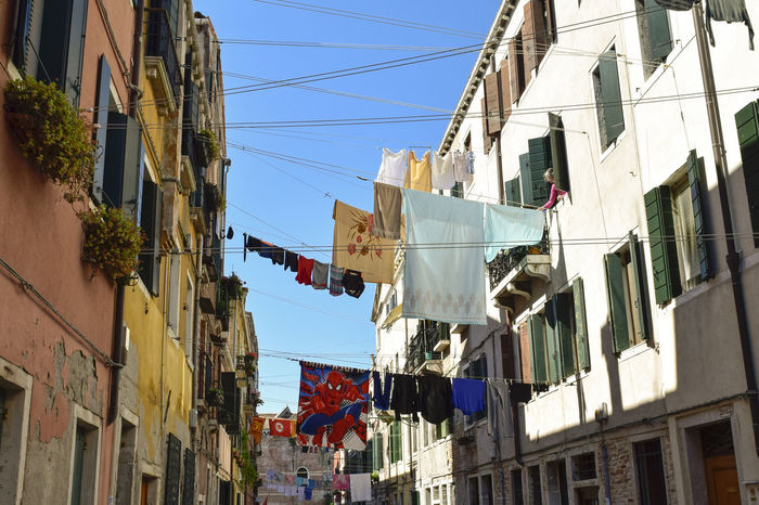 149/365 2017 Architecture Building Exterior Built Structure Cable Clothesline Clothing Day Drying Flag Hanging Italy Laundry Low Angle View May 29 No People One Year Project Outdoors Residential Building Sky Town Veneto Venezia Venice, Italy