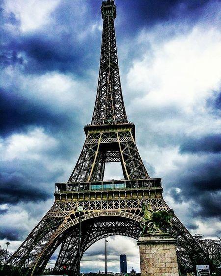 Love Instagood Follow Photooftheday Like Followme Beautiful Picoftheday Happy Instadaily Amazing Follow4follow Life Loveit IGDaily Instaphoto Awesome Instalike Look TheHustlerTeam LikesWithTags Paris