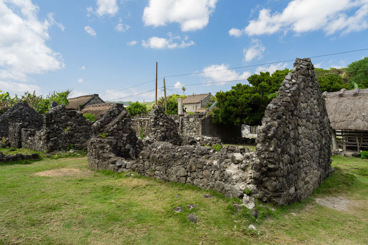 Old ruins of destroyed traditional house at batanes Philippines Ruins Ancient Ancient Civilization Archaeology Architecture Basco Batanes Building Exterior Built Structure Grass Itbayat No People Old Old Ruin Outdoors Stone Material Stone Wall The Past Travel Destinations