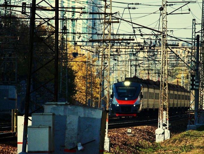 РЖД Railroad Track Moscow EyeEmNewHere РЖД поезд Train Москва Mode Of Transportation Architecture Built Structure Transportation Building Exterior Nature City