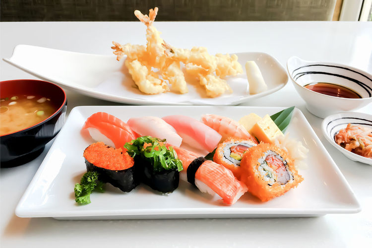 Food And Drink Plate Food Ready-to-eat Freshness Table Healthy Eating Serving Size Wellbeing Seafood Bowl Rice Still Life Indoors  No People Close-up Sushi Japanese Food Asian Food Fish Tray Savory Sauce Temptation