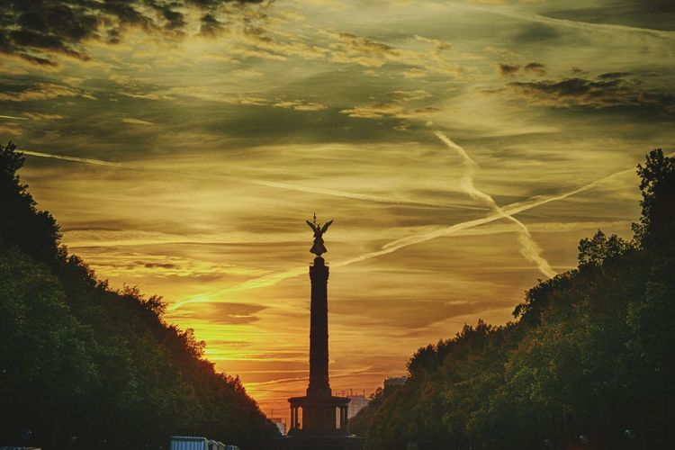 Berlin Sunset Statue Goldelse Architecture Travel History Outdoors Sculpture No People Day Sky City Cityscape Tree Siegessäule  Victory Monument Straße Des 17. Juni Discover Berlin