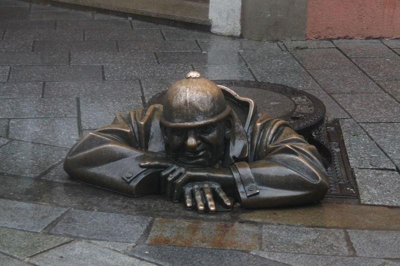 Art Bratislava Slovakia Cumil Day Drain No People Outdoors Pavement Streetart Streetphotography