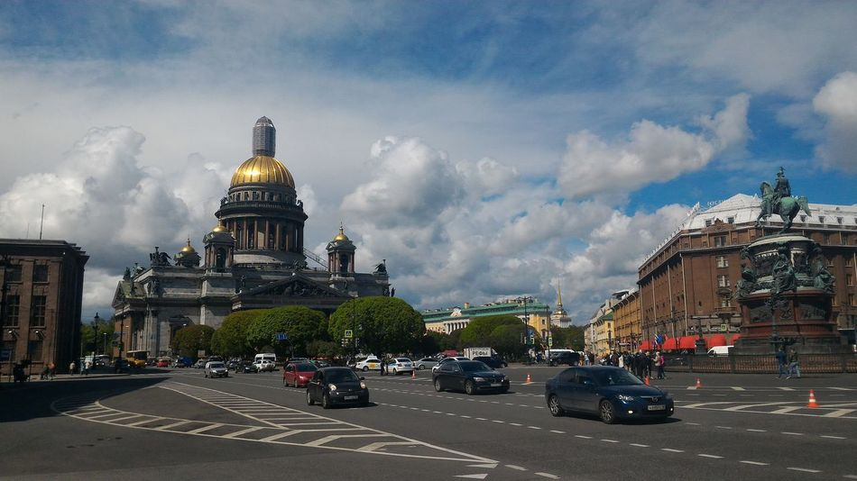 Russia St_petersburg Saint Petersburg Saint Isaac's Cathedral Saint-Petersburg Architecture Cloud - Sky Religion Car Built Structure Building Exterior Travel Destinations City Spirituality Outdoors Statue Sky Cityscape Day No People The Street Photographer - 2017 EyeEm Awards