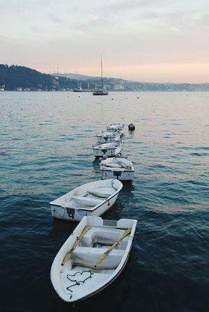 Sea Sky Boat Caique Sailing Istanbul Türkiye Turkey Row Tied Together Learn & Shoot: Balancing Elements Streetphotography Street Photography