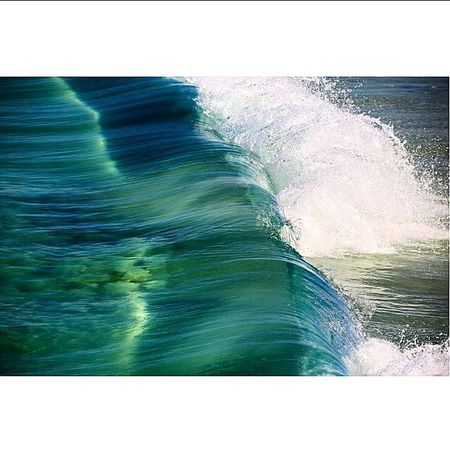 Taking Photos Relaxing Life Is A Beach Sunny Days . ☀ Ocean Waves