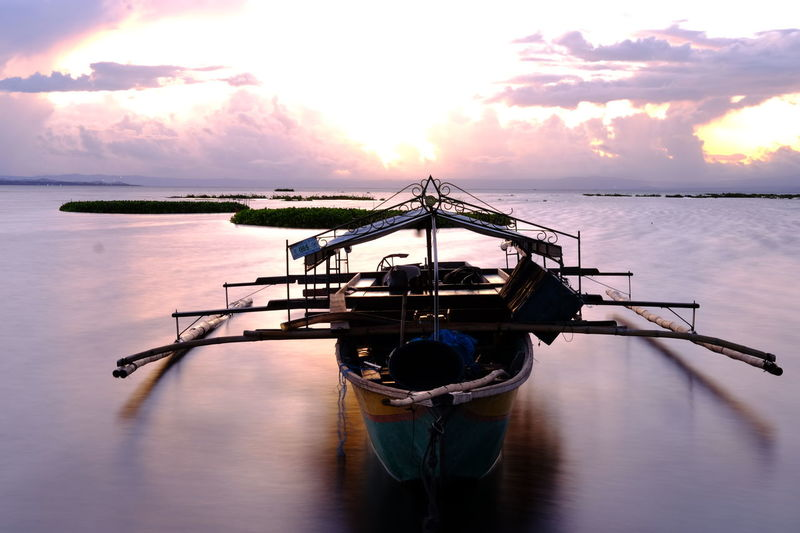 Calm Long Exposure Bay Boat Fishing Boat EyeEm Gallery Laguna Simple Photography Exposure Laguna De Bay Philippines Lake Mirrorless Shadows & Lights Colors