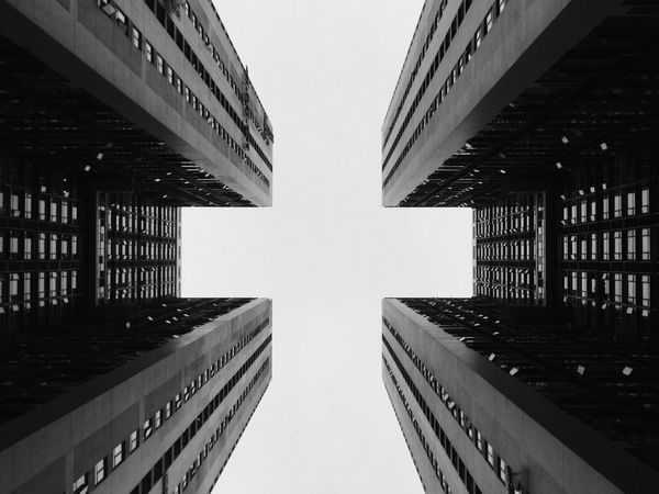 《Symmetric》By iPod touch 6 拍自己想拍的 Light Symmetrical Window Black & White PhonePhotography China Simple Photography Monochrome IPhone Photography EyeEm China Streetphotography Urban Geometry Windows Building City Sky Symmetry Deceptively Simple
