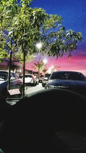 Such a beautiful sunrise ? Cali Walmartchilling Southgate Gs5 Arias_photography Photography Photographer Sky Pink Cars