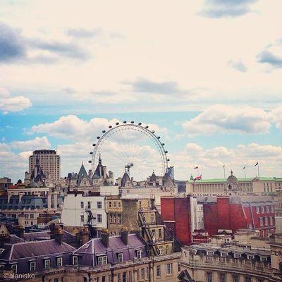 Beautiful #rooftop view from Trafalgar Roof Garden ???? #londoneye #eye #lom_mee #alan_in_london #gf_uk #gang_family #igers_london #insta_london #london_only #thisislondon #ic_cities #ic_cities_london #ig_england #love_london #o2trains #gi_uk #ig_london Ig_england Love_london Eye Ic_cities_london LondonEye Ig_london Rooftop Lom_mee Gang_family Dotz London_only Ic_cities Gf_uk Alan_in_london Insta_london O2trains Thisislondon Gi_uk Igers_london