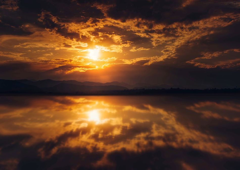 Just another sunset, another day lived and loved . Wanderlust Naturelovers Inspired Evening Colorado Sunset Sky Cloud - Sky Scenics - Nature Beauty In Nature Tranquility Tranquil Scene Water Reflection Awe Nature Sunlight Waterfront Lake Sun Romantic Sky No People Orange Color Non-urban Scene