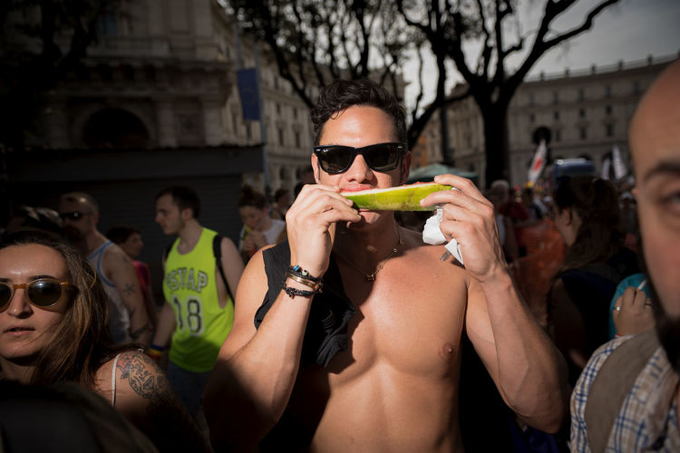 PRIDE My Best Photo The Portraitist - 2019 EyeEm Awards The Foodie - 2019 EyeEm Awards The Street Photographer - 2019 EyeEm Awards Boy Sexyboy Watermelon Street Portrait Proud Streetportrait Party - Social Event Attitude Identity Lgbt Pride Photojournalism Street Photography Street Streetphotography Eating Eat Funny Faces Lgbt Portrait Pride Gaymen Gay Pride Gayboy Gay Built Structure Togetherness Architecture Glasses Holding Food And Drink Sunglasses Men Group Of People Young Adult Young Women People Fashion Focus On Foreground Leisure Activity Adult Lifestyles Women Incidental People Real People NotYourCliche