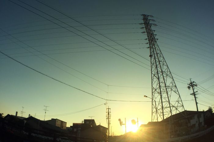 夕陽 Sunset 鉄塔 Pylon 電線 Electric Wires 太陽 Sun