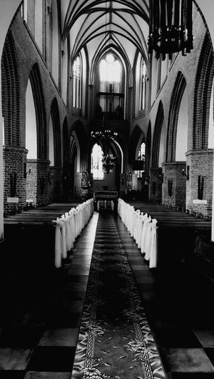 Religion Spirituality Place Of Worship Arch Indoors  Pew Architecture No People Altar Day