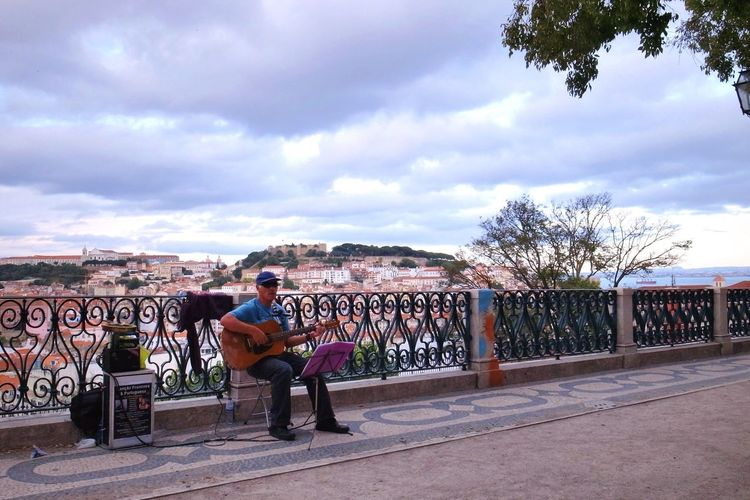 Performance Singing Lisbon Portugal Relax Enjoying Life Show City Life Guitar Holiday Traveling Check This Out Sky Clouds And Sky Amazing