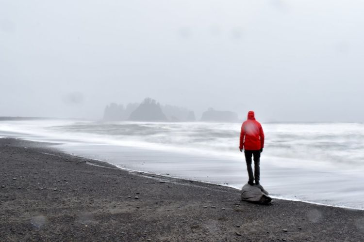 Stand alone Full Length Sea Beach Red Water Women Healthy Lifestyle Rear View Winter Politics And Government