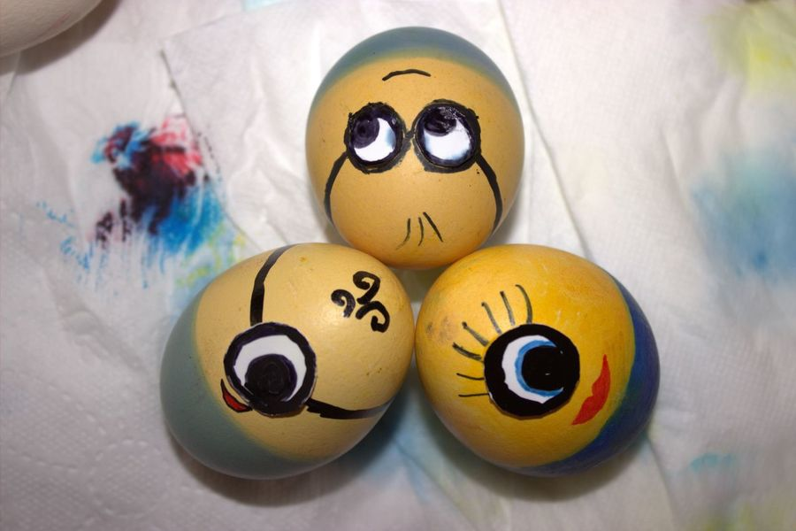 Minions Easter Bunny Easter Eggs Eggs Eier Frohe Ostern! Kindheit Minions Ostern 2017 Art Is Everywhere The Photojournalist - 2017 EyeEm Awards Visual Feast Paint The Town Yellow