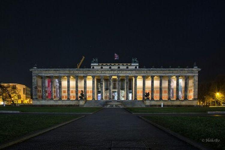 Altes Museum Berlin am Lustgarten Heikobo Night City Berlin, Germany  Museumsinsel Berlin Altesmuseum
