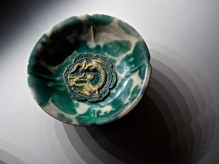 Archaeology Artifacts Dragon Green Color Asian Civilisations Museum Asian Civilization Museum Bowl Geometric Shape Gold Dragon Green Bowl Jade No People Shadow Single Object Still Life