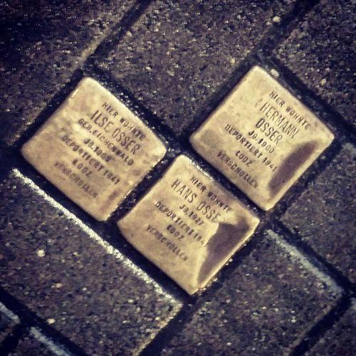 Sinnbildlich für so viele: Deportiert, aber nicht vergessen! Symbolically for so many: Deported, but not forgotten! Auschwitz70 Shoa  Stolpersteine