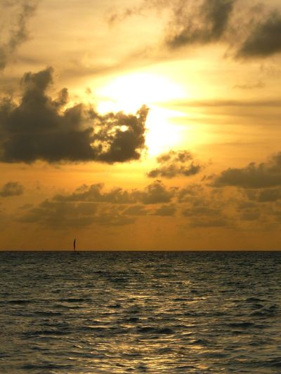 Sunset Sea Horizon Over Water Dramatic Sky Silhouette Sun Nature Tranquility Water Cloud - Sky Scenics Beauty In Nature Vacations Tranquil Scene Idyllic Outdoors Sunlight Travel Destinations Sky No People Maldives Meeru EyEmNewHere