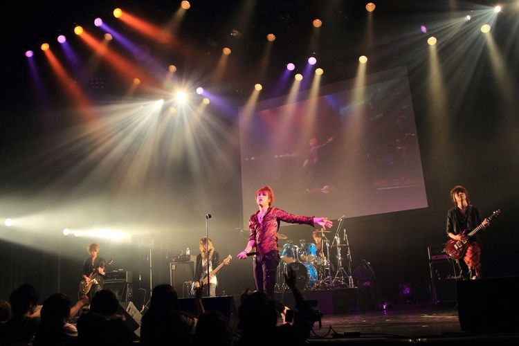 "Live Performance Of ""Lu-ke"" Performed In 2013.1.28 Akasaka BLITZ. 〈29〉"