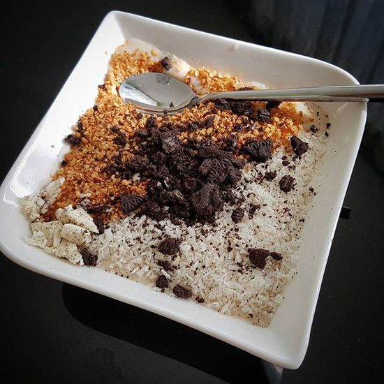 Kraft tanken am Sonntag besteht heute aus zartschmelzenden Haferflocken, Kokosflocken, Leinsamen Granulat und einem Fake Oreo.^^ Eigentlich schmecken mir nur die originalen, aber mein Mann hatte die günstigen gekauft und wegwerfen möchte ich sie auch nicht. :0 . . Porridge Haferflocken Haferbrei Leinensamen Foodpic Foodlover Foodporn Gesundleben Gesundessen Gesund Gesundeernährung Gesundabnehmen Abnehmen2016 Abnehmem Abnehmenohnezuhungern Abnehmendurchkalorienzählen Kalorienzählen Kcal Fddbextender Fddb Lecker Kokos Oreos ALNATURA Milch