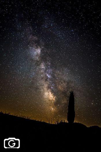Via Lattea Milkyway EyeEm Italy The Adventure Handbook Nightphotography Stars Tuscany