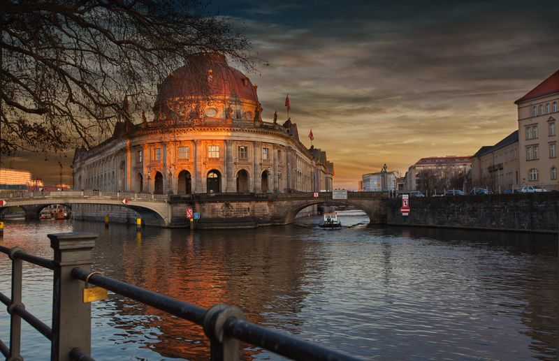 Bodemuseum Berlin Bodemuseum Berlin Building Exterior Built Structure Architecture Sky Cloud - Sky Travel Destinations City Water Sunset History Canal Dome Mode Of Transportation Travel Tourism