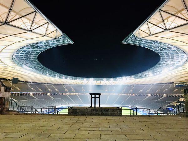 Marathontor Olympiastadion Berlin Berlin Stadion Stadium Built Structure Architecture No People Sky Nature Day Travel