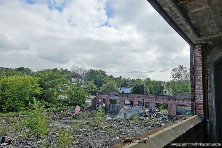 Looking out at the ruins below. http://www.placesthatwere.com/2017/11/victoreen-instrument-company.html Abandoned Factory Ruins Urbex Brick Decay Rubble Eerie Creepy Abandoned Places Urban Exploration Abandoned Buildings Places That Were Rust Belt Cloud - Sky Sky Tree No People Outdoors Day Building Exterior Architecture